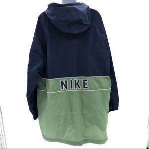 Nike Vintage Men's Green & Blue Windbreaker Jacket